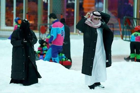 ساخت شهر برفی در گرمای عربستان + تصاویر