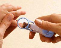 ناخن های نوزاد خود را با این روش کوتاه کنید