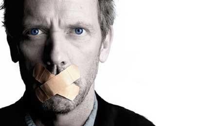 چگونه بفهمیم فرد مقابل مان دروغ می گوید یا راست؟