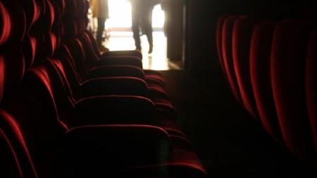 در سینما روی کدام صندلی بشینیم تا فیلم بهتر دیده شود؟