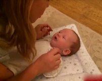 کودک دو ماهه شروع به حرف زدن کرد + تصاویر