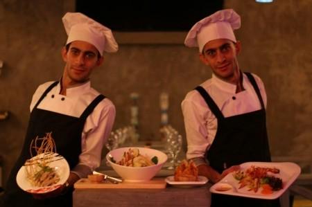 سرآشپزهای معروف ایران که دوقلو هستند
