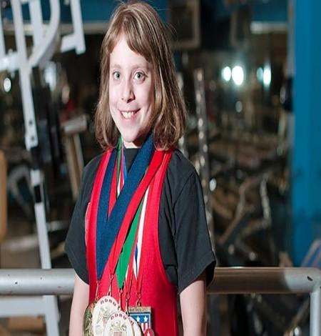عکس های دختر زیبای 14 ساله قوی ترین وزنه بردار دنیا
