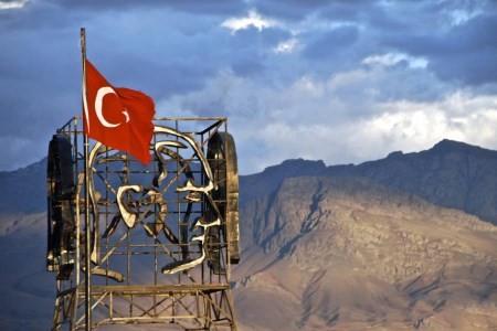 تصاویری از شهر ساحلی و دیدنی وان ترکیه