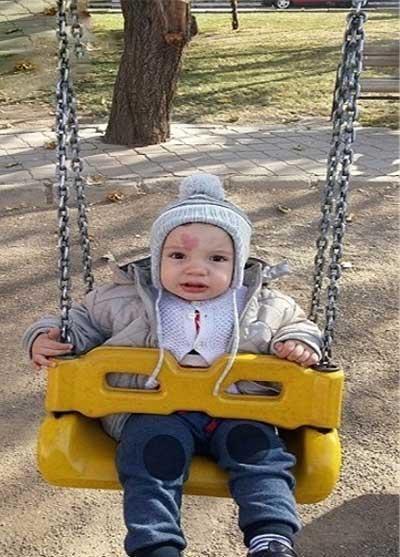 حک شدن عکس قلب روی پیشانی نوزاد یک روزه + تصاویر