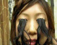 مژه های این دختر به اندازه موهای سرش رشد می کنند + تصاویر