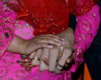 مراسم شب زفاف قد بلندترین مرد دنیا + تصاویر