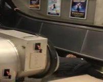 عکس های نصف شدن بدن مرد جوان روی پله برقی (18+)