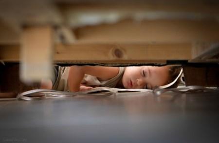 عکس های خوابیدن خنده دار کودکان و بچه های ناز