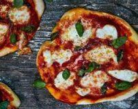 طرز تهیه پیتزا مارگاریتا با پنیر موزارلا