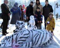 قشنگ ترین آدم برفی های جهان در شهر مشهد + تصاویر