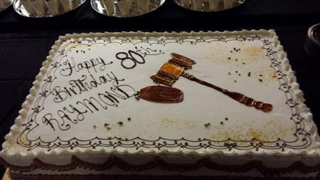 عکس زیباترین کیک های روز وکیل