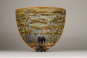 کنده کاری های خارق العاده روی ظروف چوبی + تصاویر