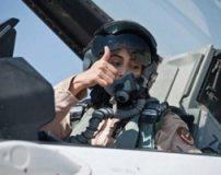 عکس های زیباترین زنان خلبان جت های جنگی جهان