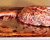تزیین کیک های وحشتناک توسط یک پرستار زن + تصاویر