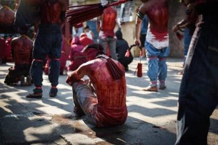 قمه زنی وحشتناک مسیحیان برای مسیح + تصاویر