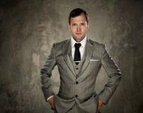 10 مدل از گرانترین کت و شلوارهای مردانه جهان