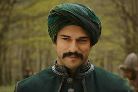 بیوگرافی بوراک اوزچویت Burak Özçivit بازیگر مرد ترکیه