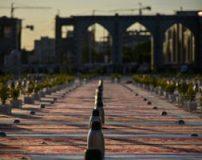 تصاویر افطاری دادن به روزه داران در حرم امام رضا مشهد