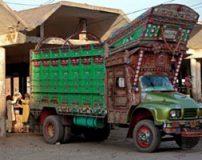 نقاشی روی کامیون ها