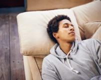 آیا خواب زیاد باعث چاقی میشود