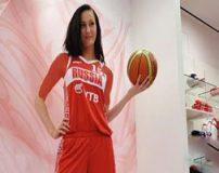 قد بلندترین زن بسکتبالیست جهان