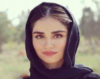 عکس های بی حجاب هانیه غلامی با خال و لباس هندی