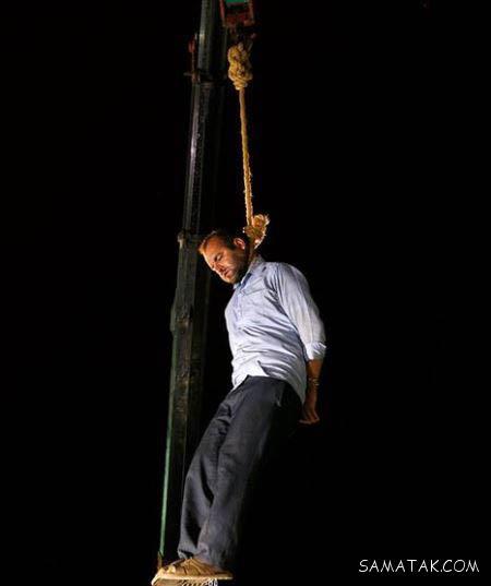 اعدام قاتل آتنا در ملا عام با شادی حضار انجام گرفت + تصاویر