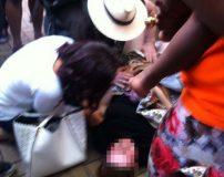 زایمان طبیعی زن حامله وسط خیابان + تصاویر