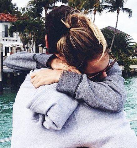 عکسهای عاشقانه بغل کردن و بوسیدن احساسی
