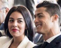 عکس رونالدو و اعضای خانواده اش در مراسم توپ طلا