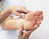 علت سوزش کف پا در شب و درمان سوزش کف پا