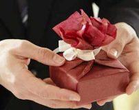 بهترین هدیه برای همسر زن چیست