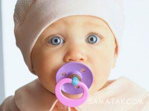 بهترین سن گرفتن پستانک از نوزاد و بچه شیرخوار