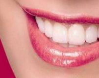 طرز سفيد كردن دندان با زردچوبه