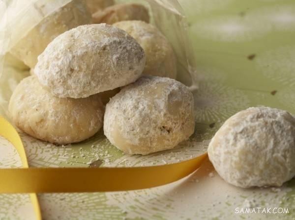 طرز پخت قرابیه بادام، شیرینی مخصوص یونانی
