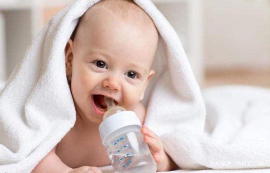 سن آب دادن به نوزاد   روش آب دادن به نوزاد   نحوه آب دادن به نوزاد