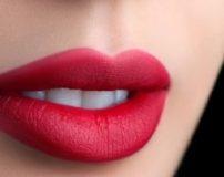 100 شعر عاشقانه و احساسی در مورد لب و بوسه