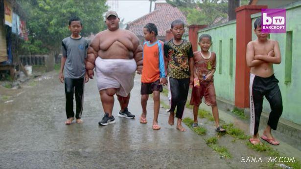 چاق ترین پسر بچه 9 ساله جهان با 230 کیلو وزن + تصاویر