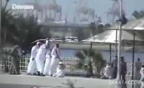 کلیپ گردن زدن زنان فاحشه عرب در عربستان (18+)
