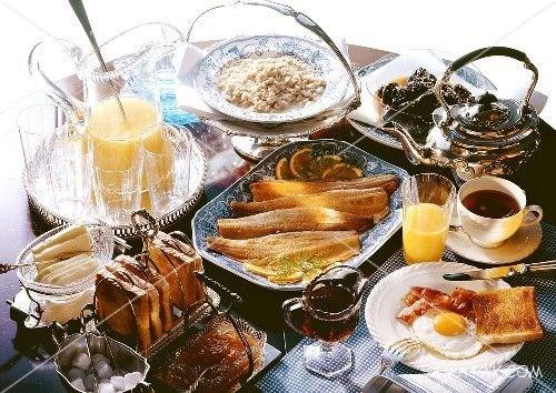 اصول چیدمان و تزیین میز صبحانه | عکس هایی از چیدمان و تزیین میز صبحانه