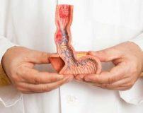 علت درد بيضه سمت راست در مردان و پسران چیست