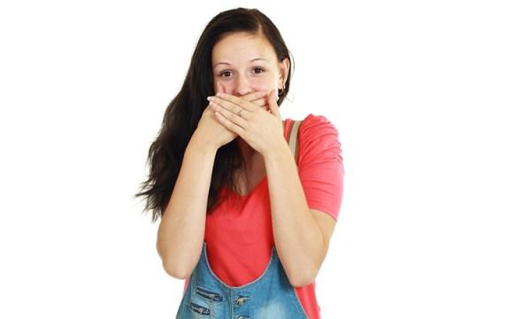 علل بروز سکسکه | درمان فوری قطع سکسکه شدید