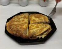 طرز تهیه کوکوی تخمه مرغ با گوشت چرخ کرده