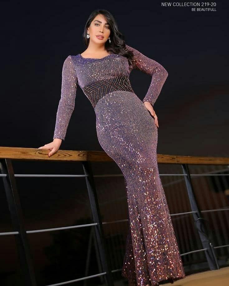 مدل ماکسی مجلسی زنانه با پارچه لمه شنی و نگین دار