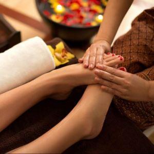 آموزش ماساژ پا برای رفع خستگی (کف پا – ساق پا)
