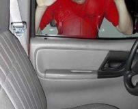 آموزش تصویری باز کردن قفل درب ماشین بدون کلید