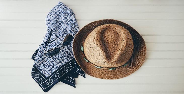 اکسسوری شال و کلاه